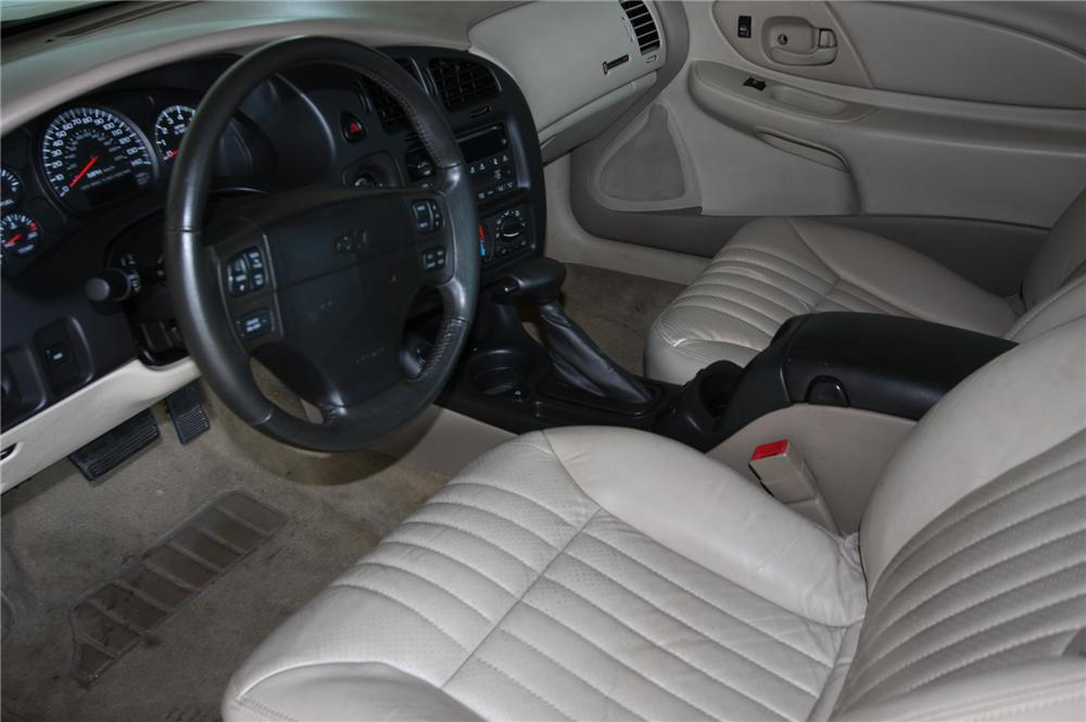 ... 2004 CHEVROLET MONTE CARLO SS 2 DOOR COUPE   Interior   157940 ...