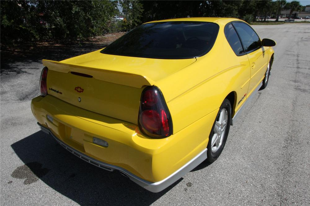 2004 CHEVROLET MONTE CARLO SS 2 DOOR COUPE - Rear 3/4 - 157940