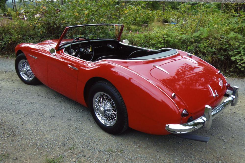 1960 AUSTIN-HEALEY 3000 BT7 ROADSTER - Rear 3/4 - 157946
