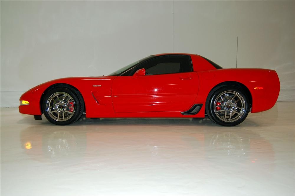 2002 CHEVROLET CORVETTE Z06 2 DOOR HARDTOP - Side Profile - 157951