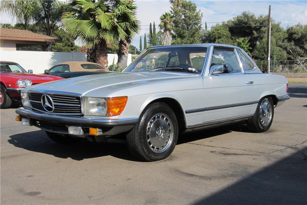 1979 MERCEDES-BENZ 350SL CONVERTIBLE - Front 3/4 - 157963