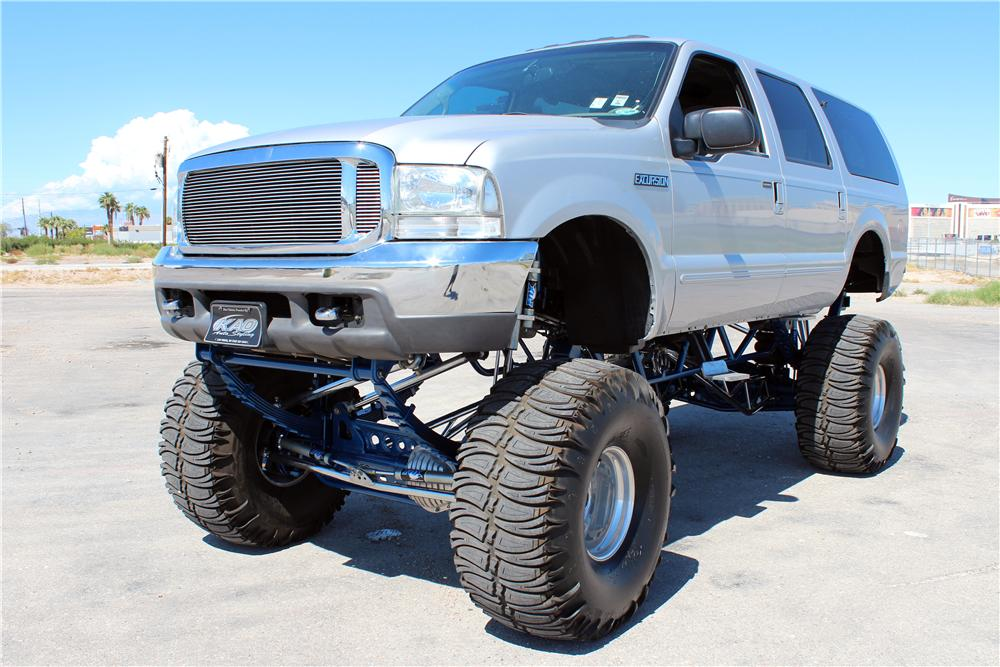 2000 FORD EXCURSION CUSTOM SUV - Front 3/4 - 157968