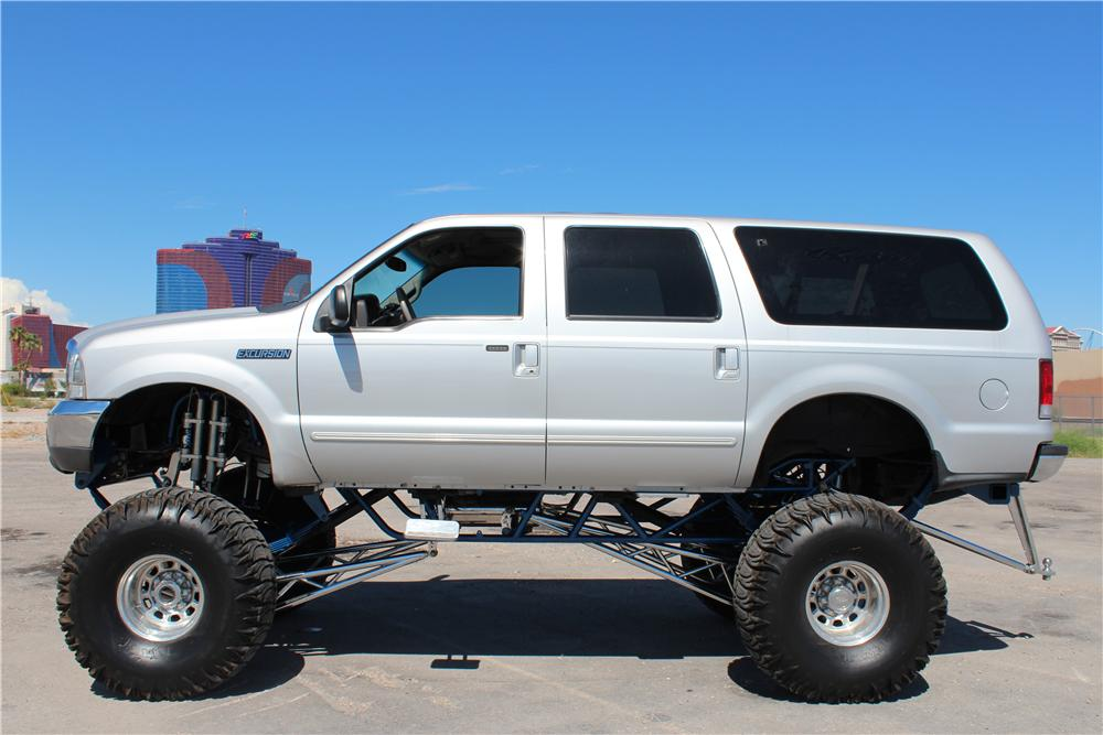 2000 FORD EXCURSION CUSTOM SUV - Side Profile - 157968