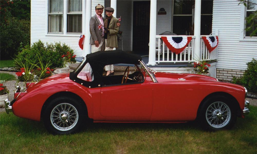1957 MG A CONVERTIBLE - Side Profile - 15797