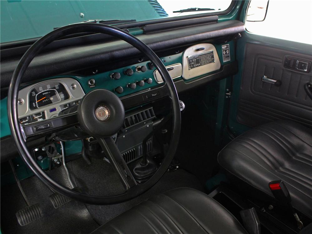 1975 TOYOTA LAND CRUISER FJ-40 2 DOOR SUV - Interior - 157971