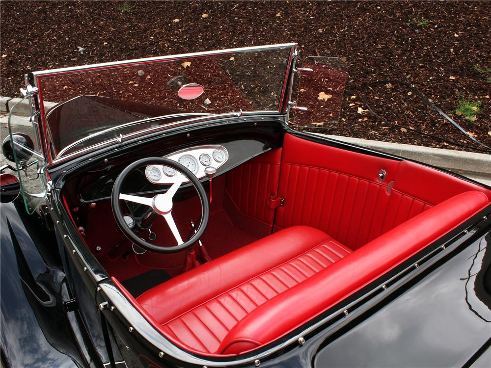1930 FORD CUSTOM ROADSTER - Interior - 157973