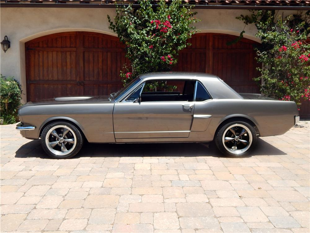 1965 FORD MUSTANG CUSTOM 2 DOOR COUPE - Side Profile - 157982