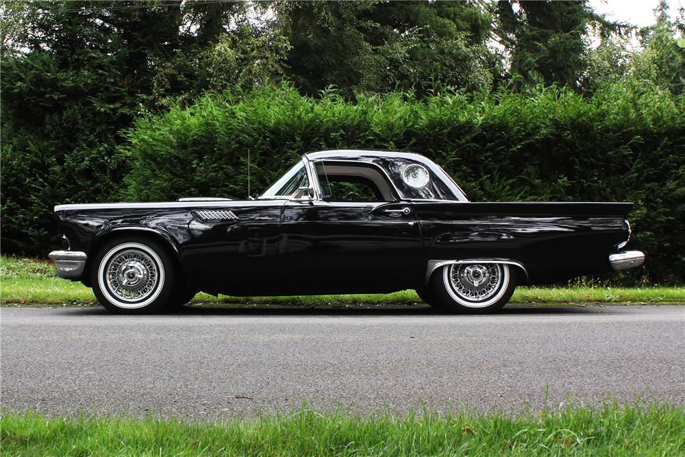 1957 FORD THUNDERBIRD CONVERTIBLE - Side Profile - 158191