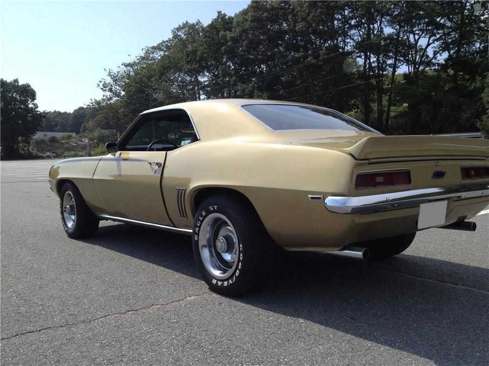 1969 CHEVROLET CAMARO 2 DOOR COUPE - Rear 3/4 - 158271