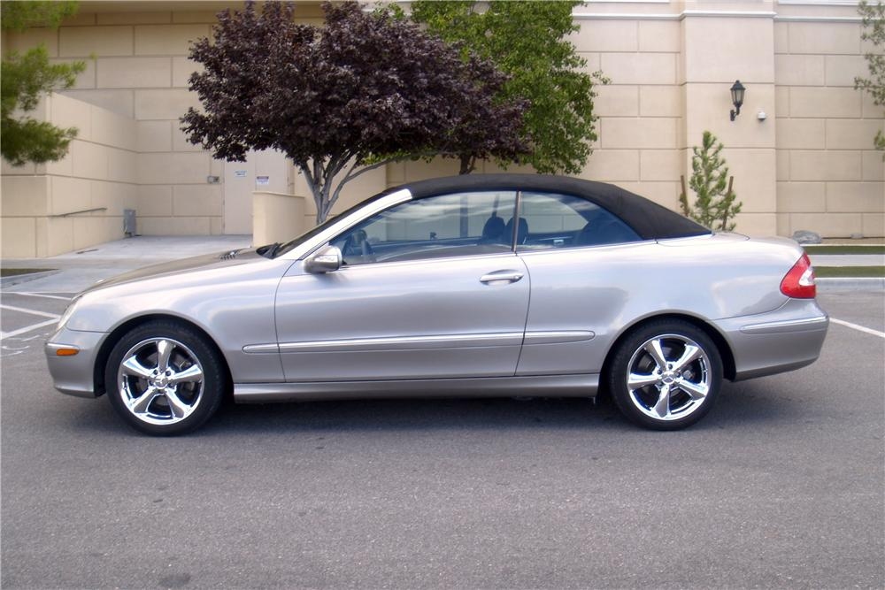 2004 mercedes benz clk 320 convertible 158299