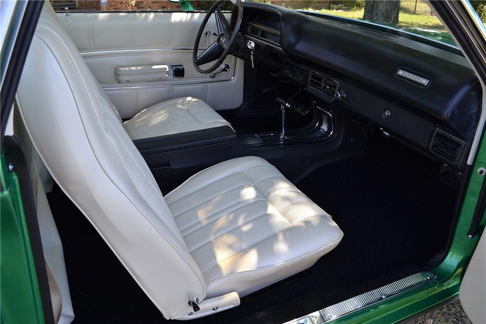 1971 FORD RANCHERO GT PICKUP - Interior - 158311