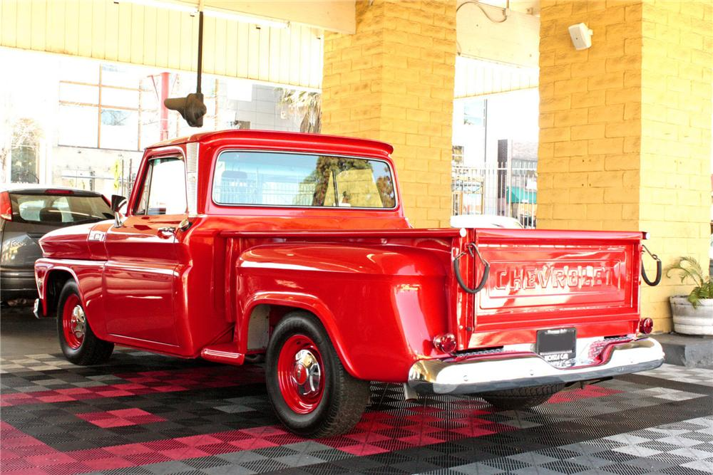 1965 CHEVROLET C-10 CUSTOM PICKUP - Rear 3/4 - 158321