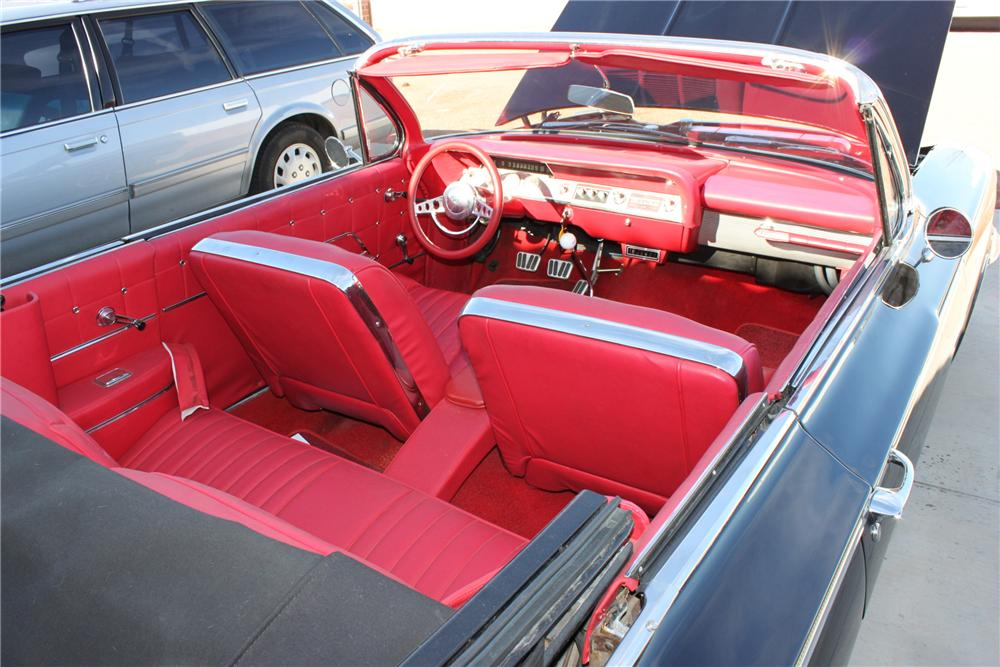 1962 CHEVROLET IMPALA SS CUSTOM CONVERTIBLE - Interior - 158399