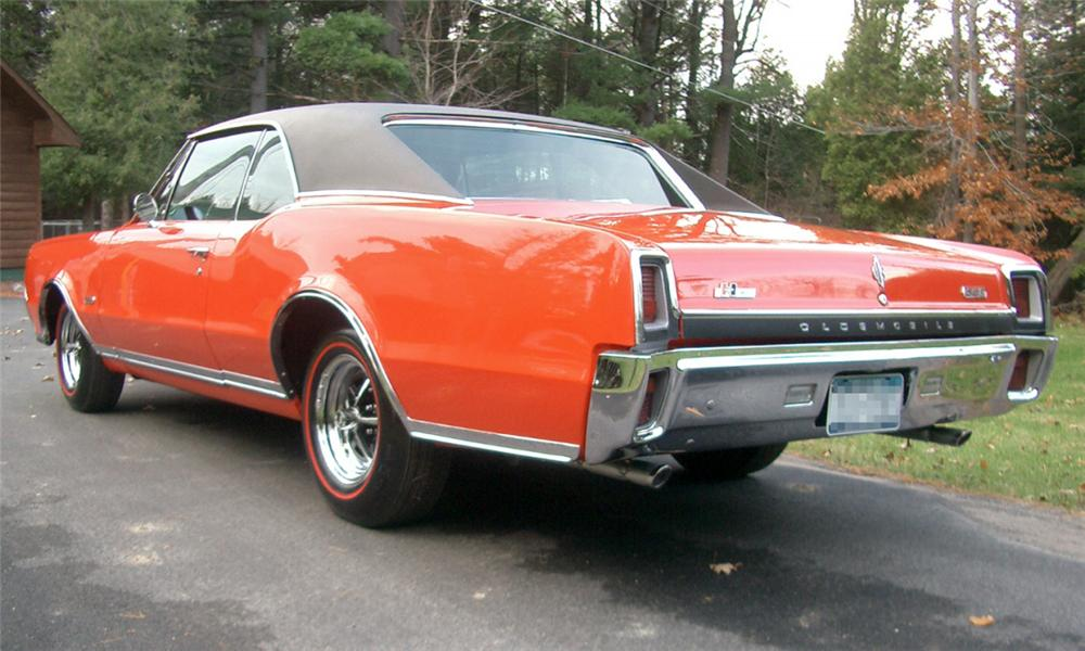 1967 OLDSMOBILE 442 W30 RE-CREATION HARDTOP COUPE - Rear 3/4 - 15862