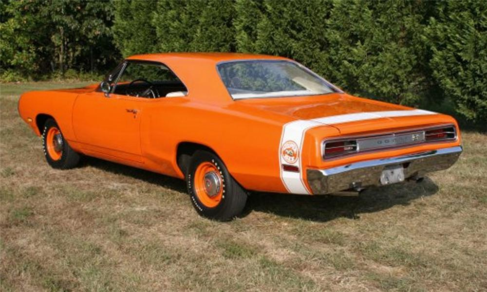 1970 DODGE SUPER BEE 2 DOOR HARDTOP - Rear 3/4 - 15874