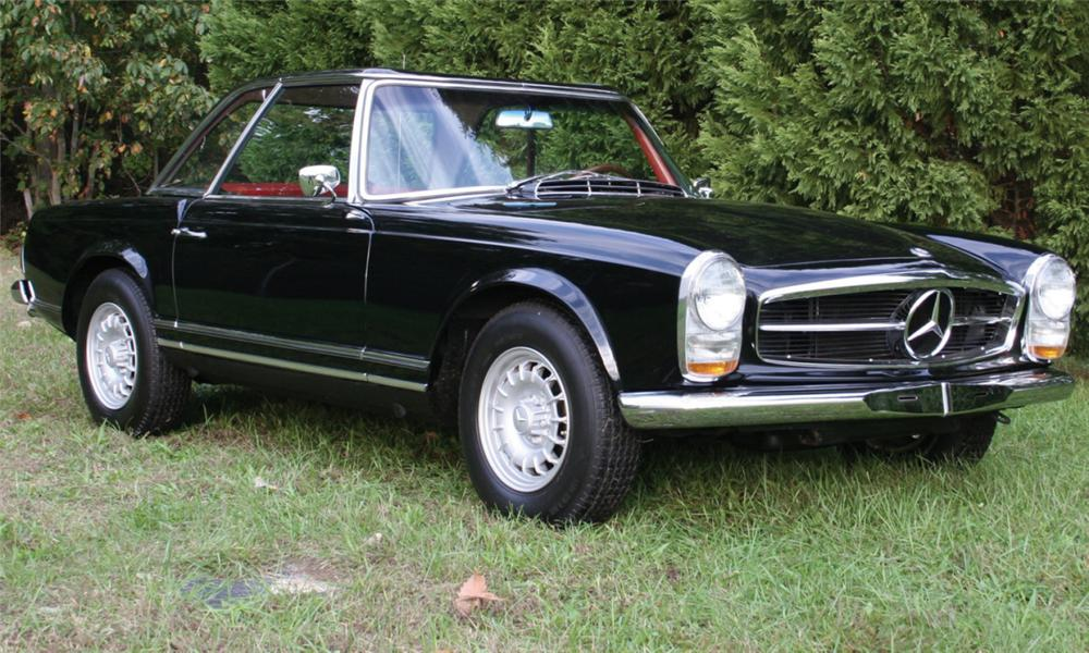 1966 MERCEDES-BENZ 230SL CONVERTIBLE - Front 3/4 - 15877