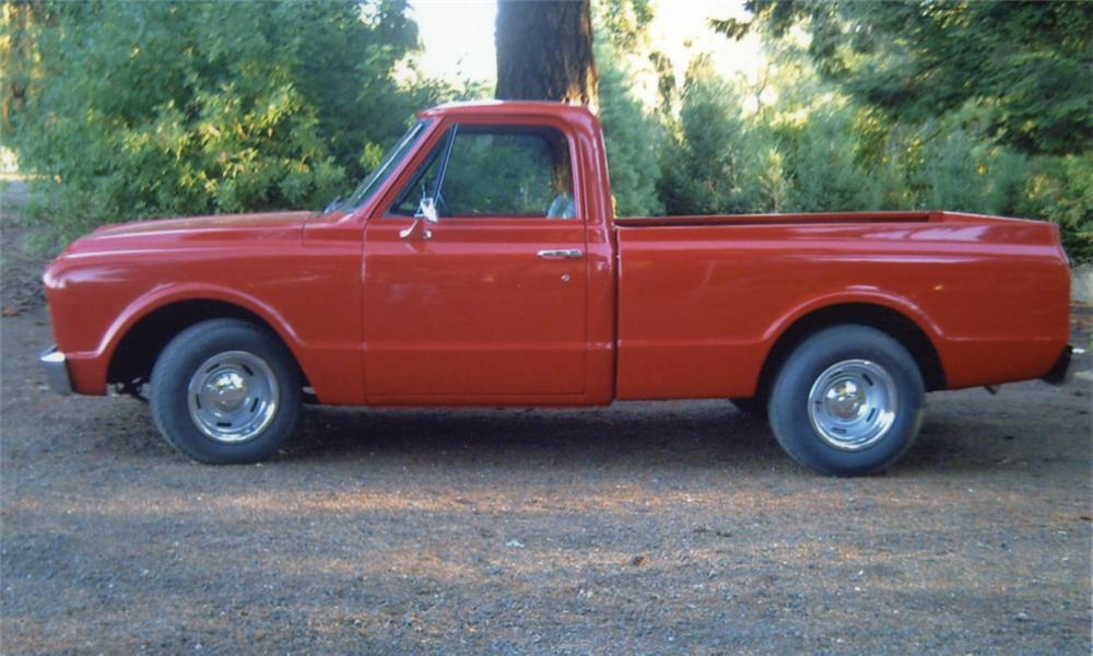 1967 CHEVROLET SHORT WIDE PICKUP - Front 3/4 - 15900
