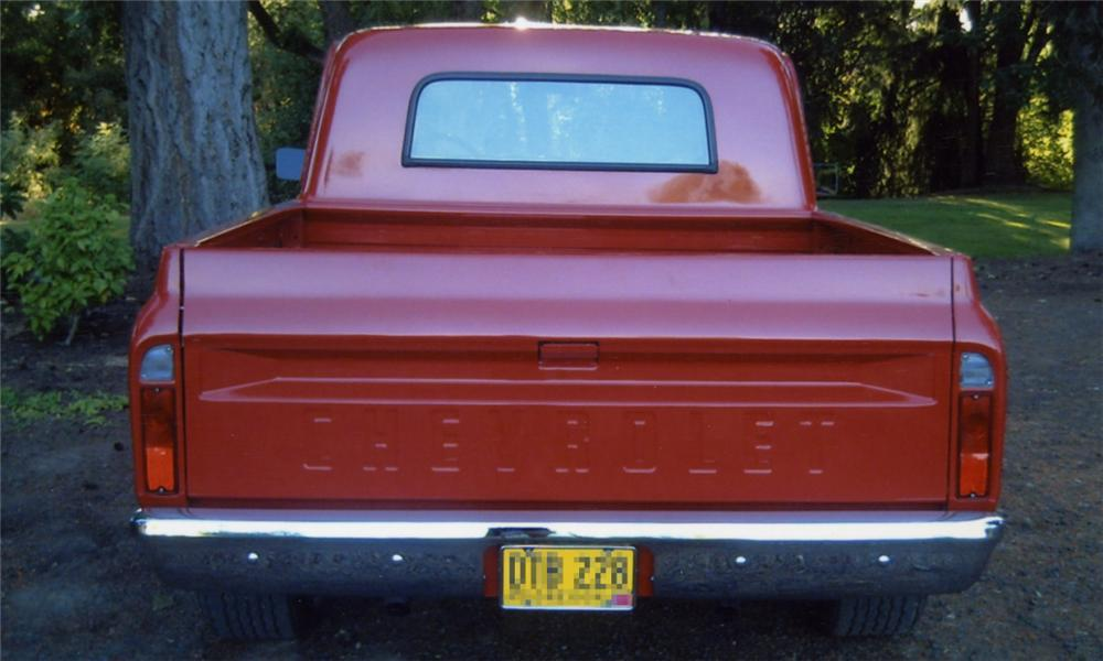 1967 CHEVROLET SHORT WIDE PICKUP - Rear 3/4 - 15900