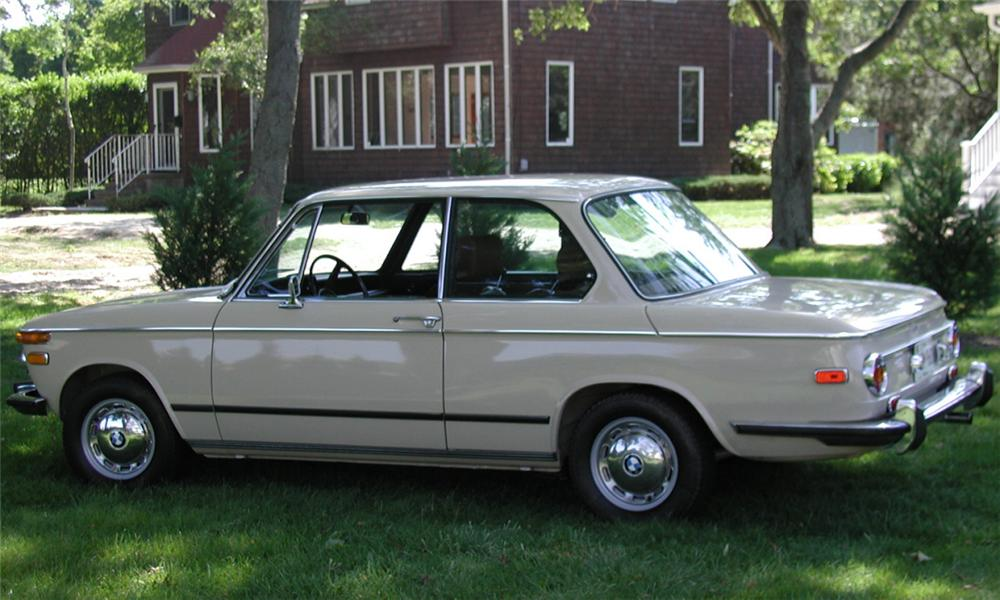1973 BMW 2002 2 DOOR SEDAN - Side Profile - 15903