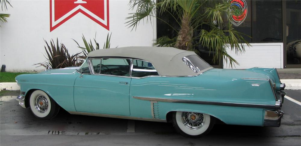 1957 CADILLAC CONVERTIBLE - Rear 3/4 - 15920