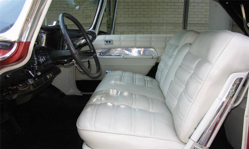 1963 CHRYSLER IMPERIAL CROWN CONVERTIBLE - Interior - 15924