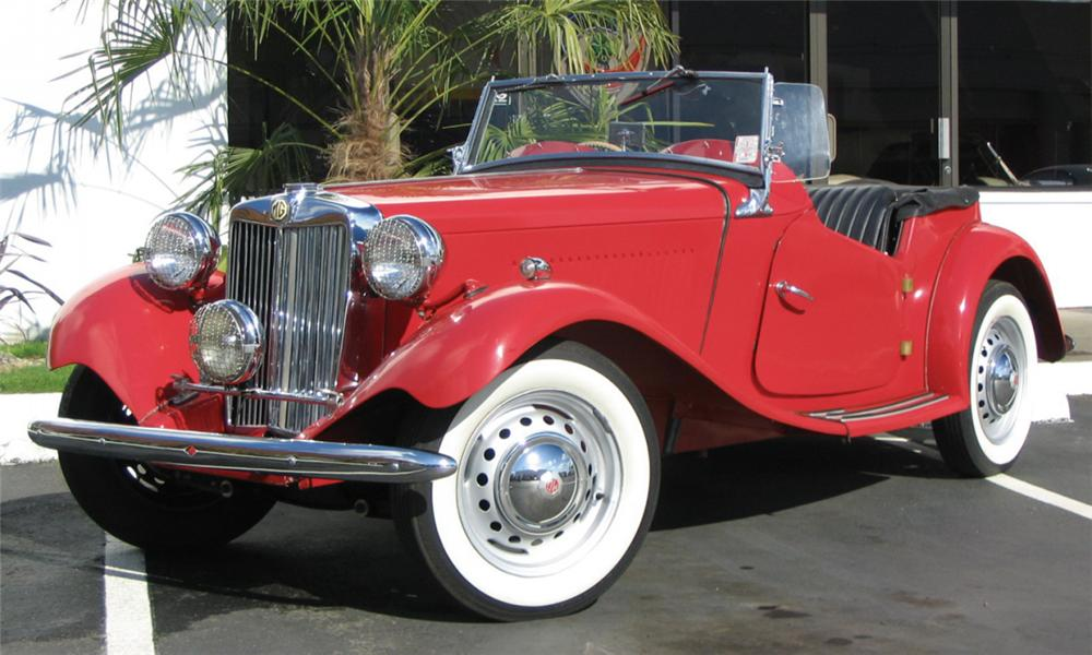 1952 MG TD ROADSTER - Front 3/4 - 15940