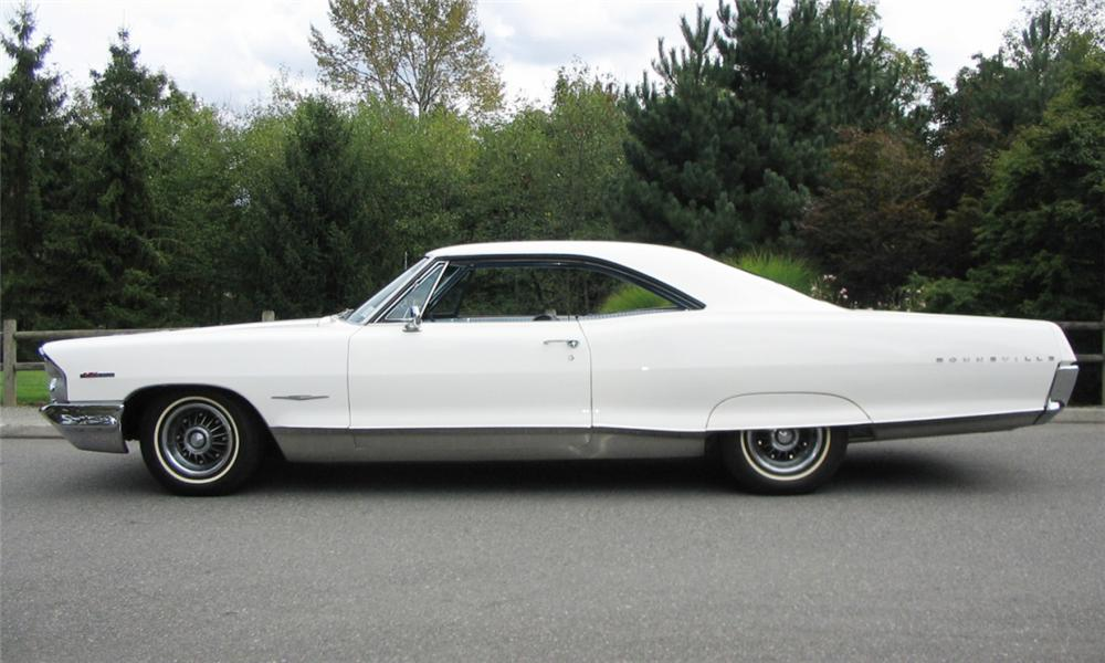 1965 PONTIAC BONNEVILLE 2 DOOR HARDTOP - Side Profile - 15942
