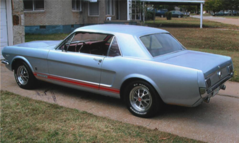 1965 FORD MUSTANG GT COUPE - Rear 3/4 - 15961