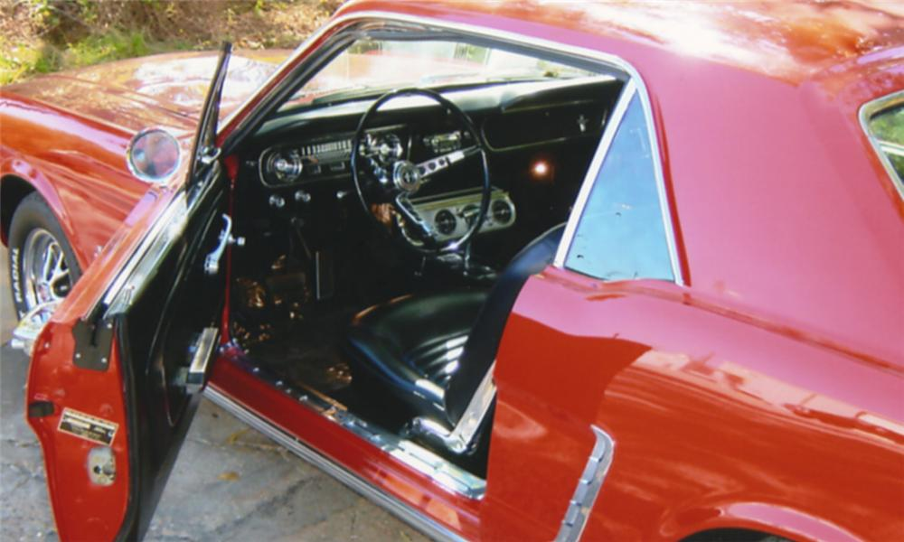 1966 FORD MUSTANG COUPE - Interior - 15962