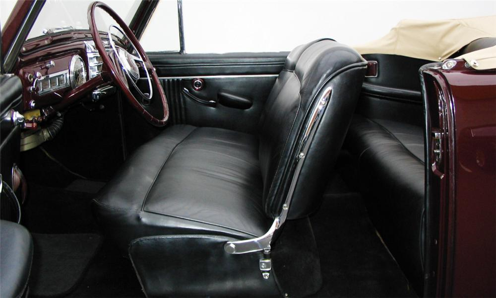 1947 LINCOLN CONTINENTAL CONVERTIBLE - Interior - 15980