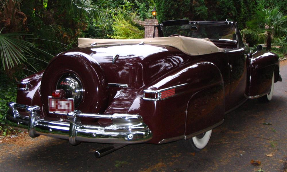 1947 LINCOLN CONTINENTAL CONVERTIBLE - Rear 3/4 - 15980