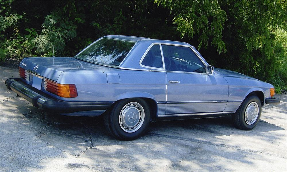 1977 MERCEDES-BENZ 450SL CONVERTIBLE - Rear 3/4 - 15988