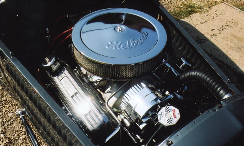 1929 FORD CUSTOM LAKES MODIFIED ROADSTER - Engine - 16041