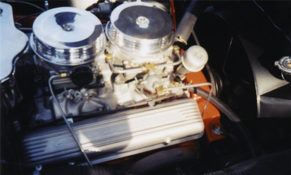 1957 CHEVROLET CORVETTE CONVERTIBLE - Engine - 16046
