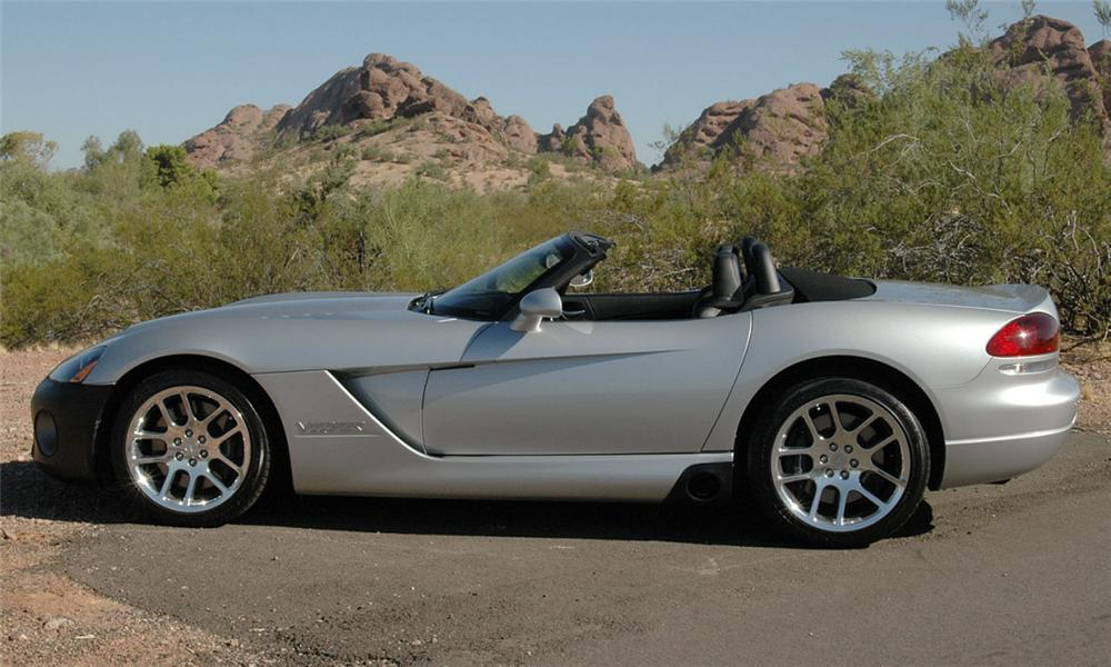 2003 DODGE VIPER CONVERTIBLE - Side Profile - 16054