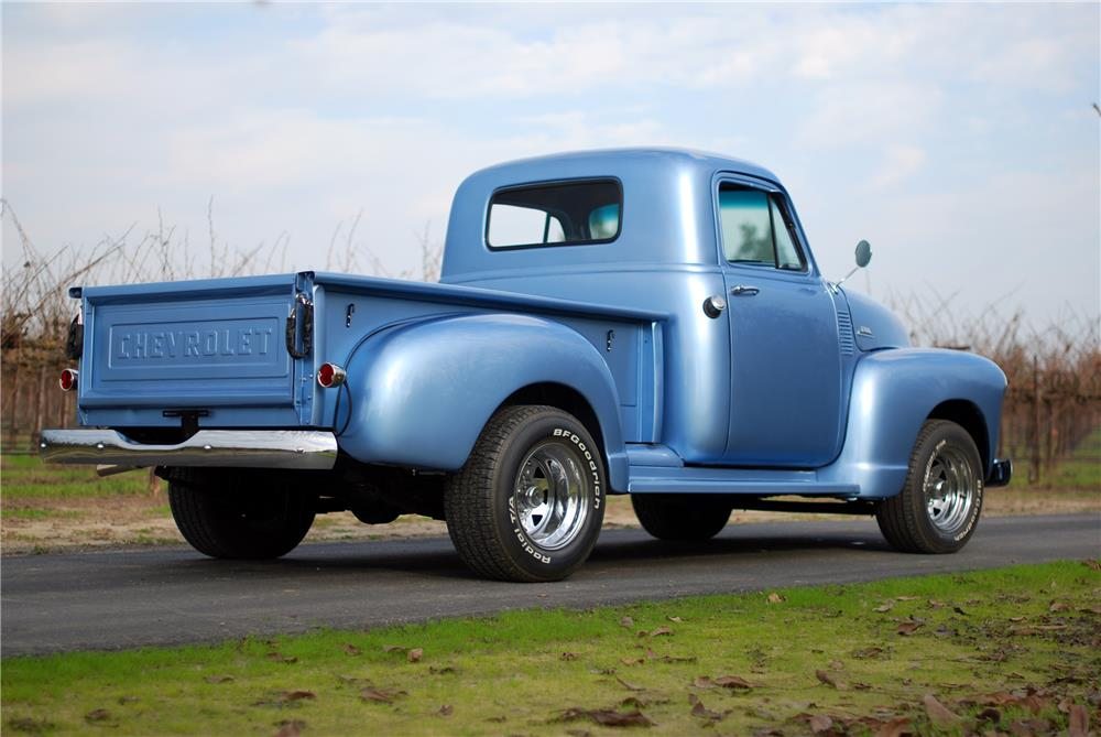 1955 CHEVROLET 3100 PICKUP - Rear 3/4 - 160576