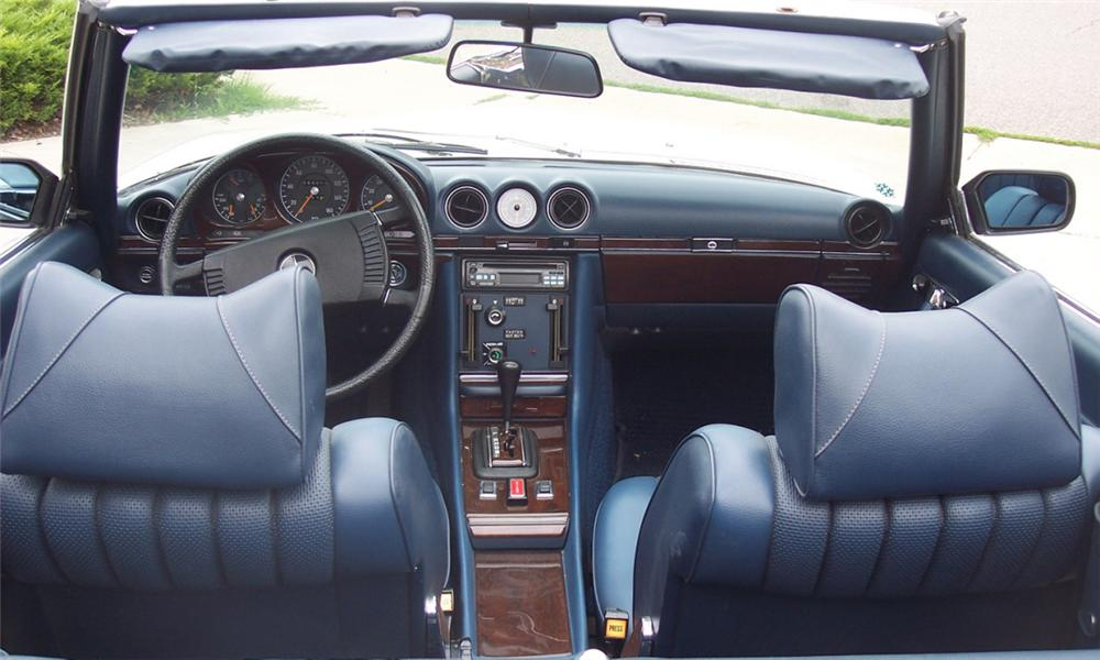 1973 MERCEDES-BENZ 450SL CONVERTIBLE - Interior - 16065