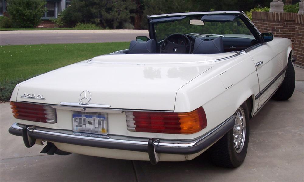 1973 MERCEDES-BENZ 450SL CONVERTIBLE - Rear 3/4 - 16065