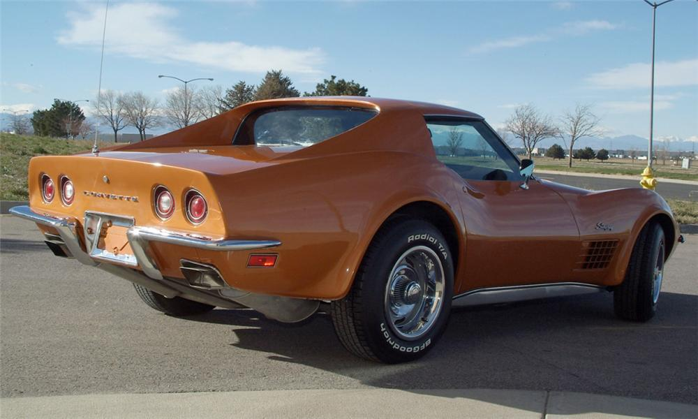 1972 CHEVROLET CORVETTE COUPE - Rear 3/4 - 16077