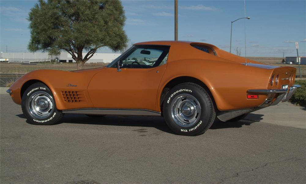 1972 CHEVROLET CORVETTE COUPE - Side Profile - 16077