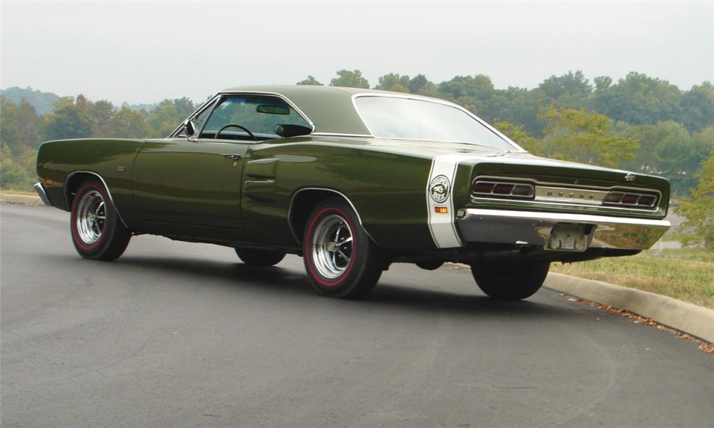 1969 DODGE SUPER BEE 2 DOOR HARDTOP - Rear 3/4 - 16087