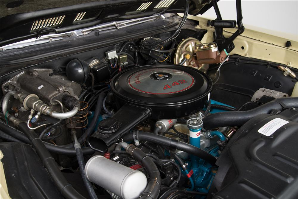 1972 OLDSMOBILE 442 CONVERTIBLE - Engine - 160957