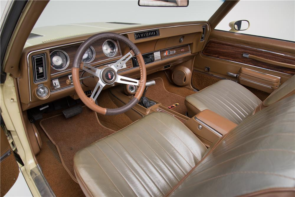 1972 OLDSMOBILE 442 CONVERTIBLE - Interior - 160957