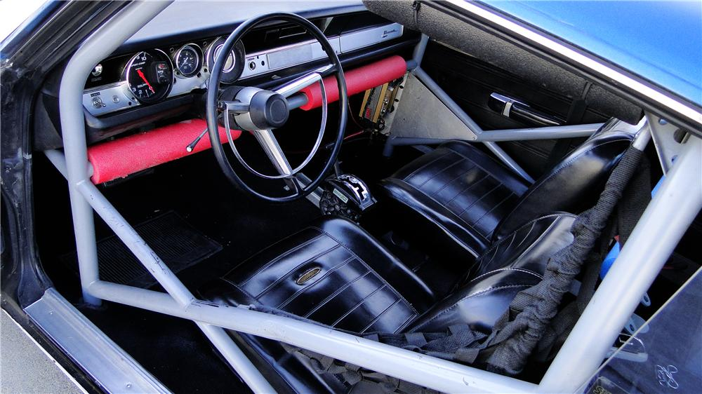 1968 PLYMOUTH BARRACUDA HEMI FACTORY RACE CAR - Interior - 160977