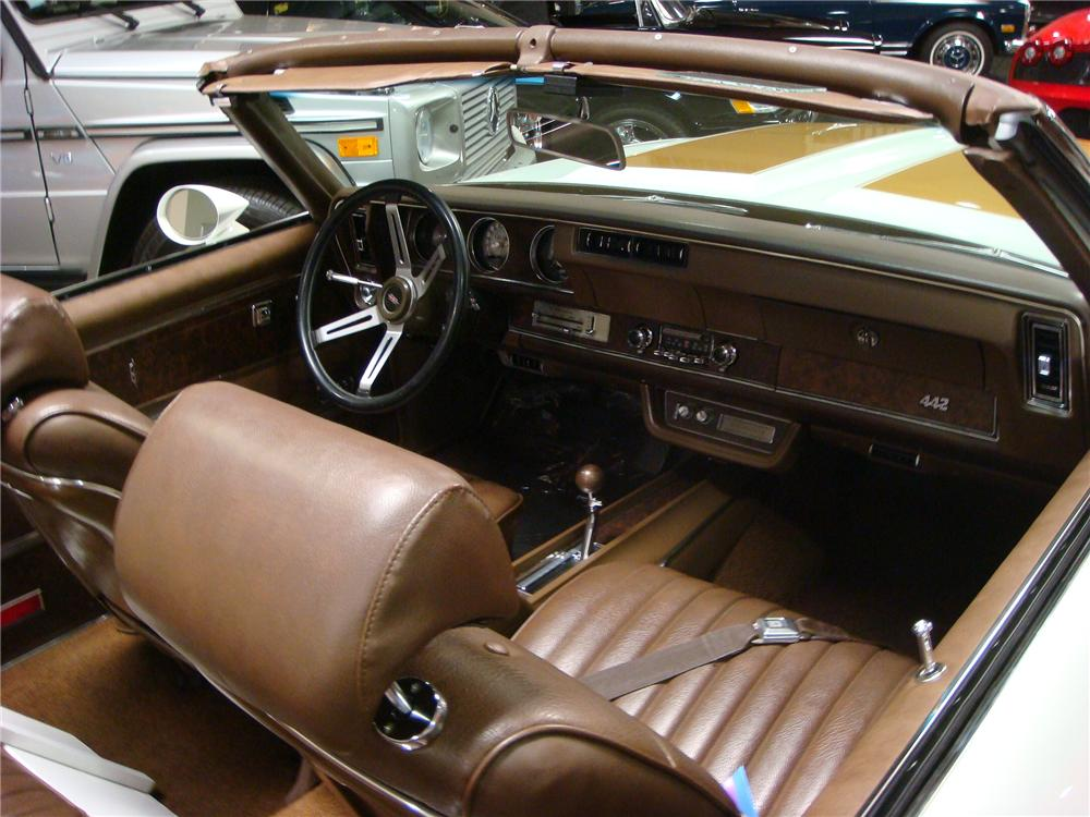 1970 OLDSMOBILE 442 W30 CONVERTIBLE - Interior - 160985