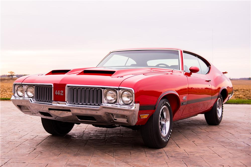 1970 OLDSMOBILE 442 W30 2 DOOR COUPE - Front 3/4 - 160990