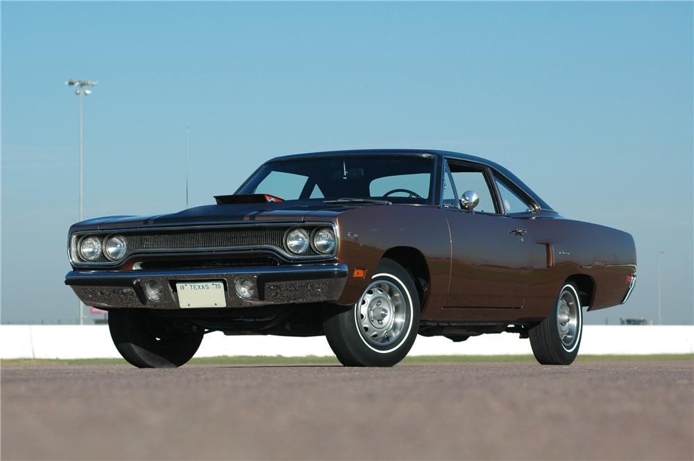 1970 PLYMOUTH HEMI ROAD RUNNER 2 DOOR COUPE - Front 3/4 - 160994