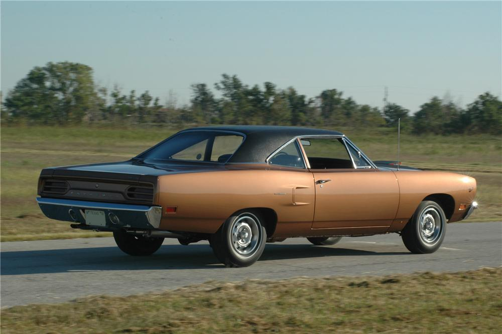 1970 PLYMOUTH HEMI ROAD RUNNER 2 DOOR COUPE - Side Profile - 160994