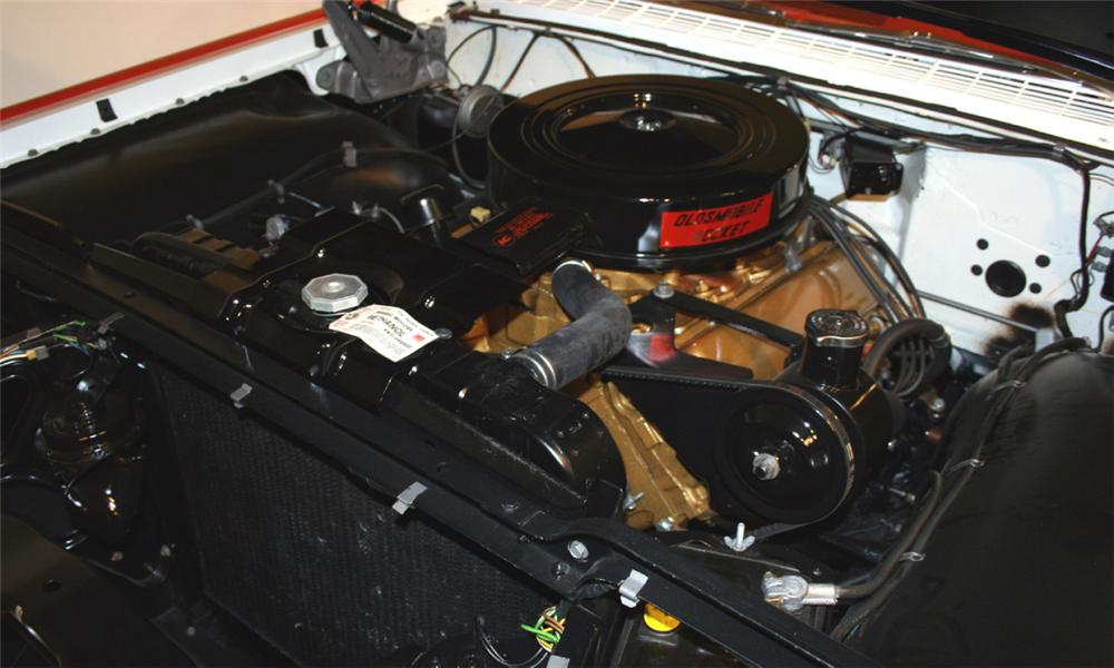 1959 OLDSMOBILE 88 CONVERTIBLE - Engine - 16102