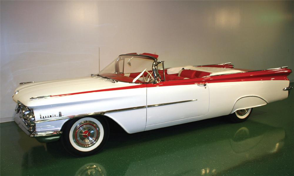 1959 OLDSMOBILE 88 CONVERTIBLE - Front 3/4 - 16102